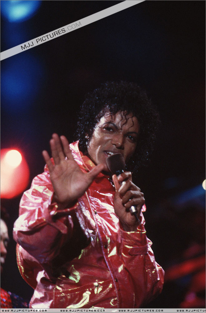 Victory Tour 02624