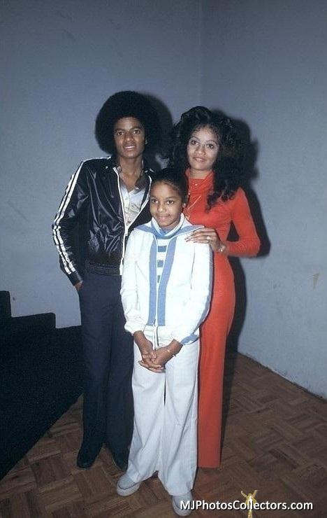 Jacksons- 1977 0263