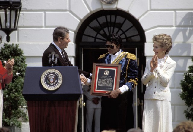 1984- White House Presidential Award 02718