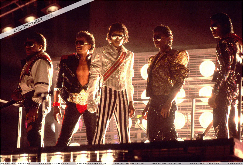 Victory Tour 02726