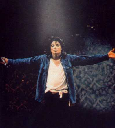 Bad World Tour Onstage- The Way You Make Me Feel 02737