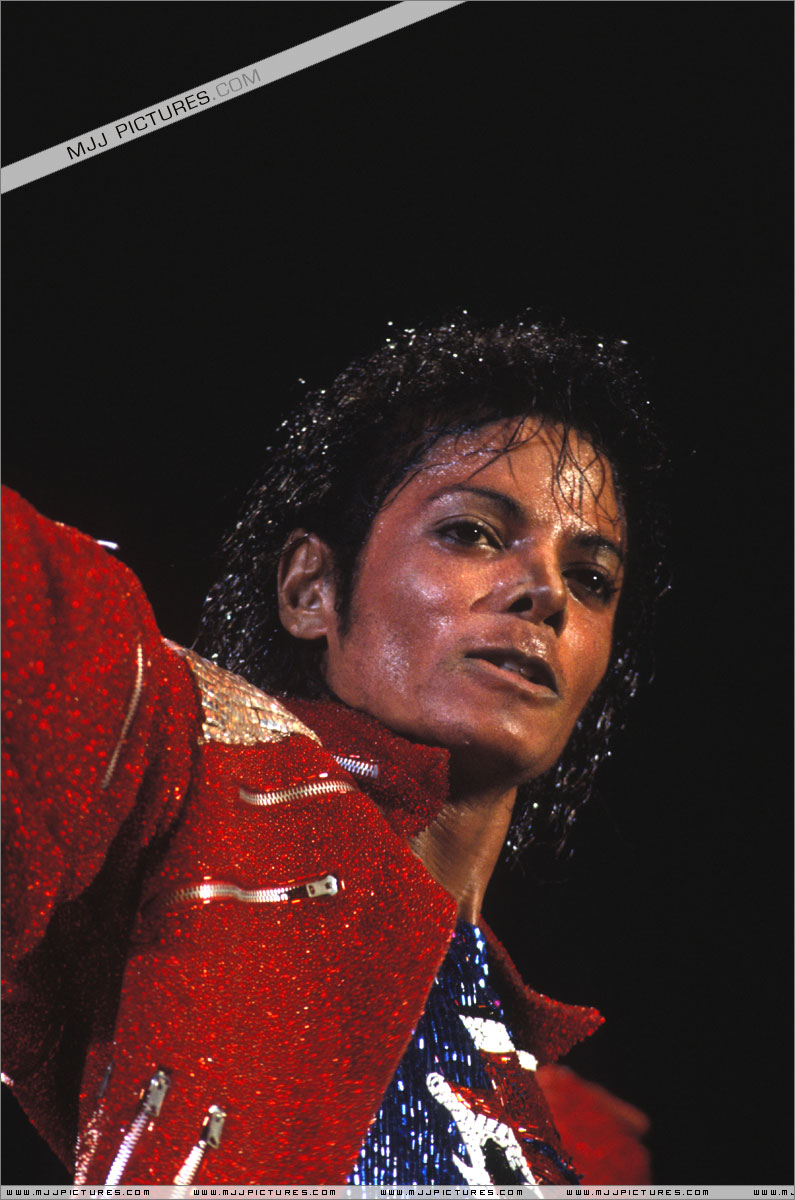Victory Tour 02821