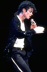 Bad World Tour Onstage- Billie Jean - Shake Your Body (Down To The Ground) 02832