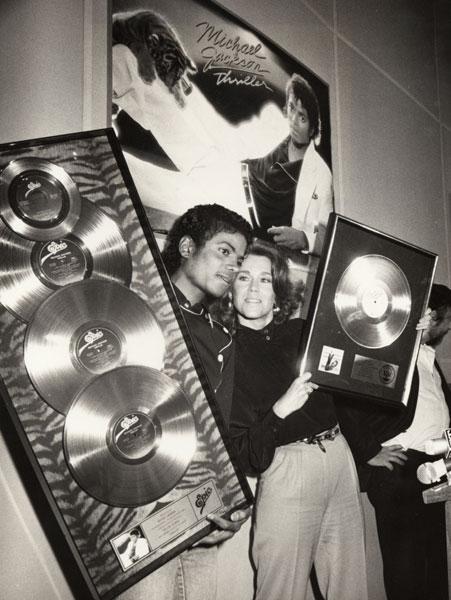 1983- Platinium Certification for Thriller 02913