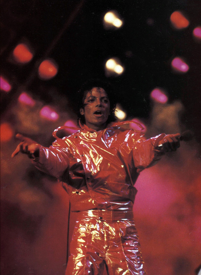 Victory Tour 02920