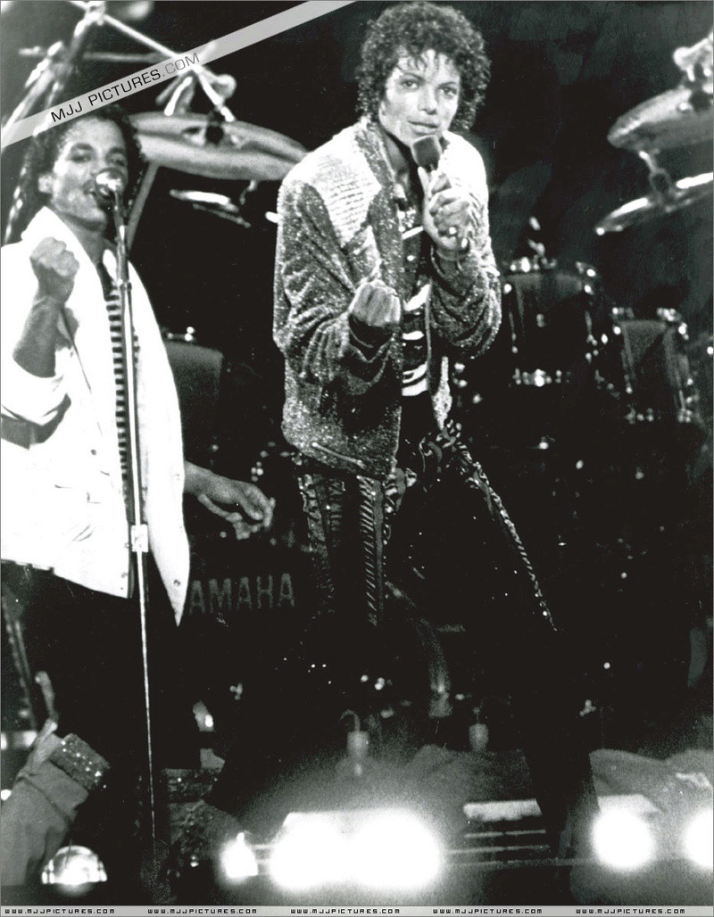 Victory Tour 03020
