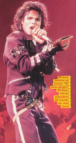 Bad World Tour Onstage- Bad 03029