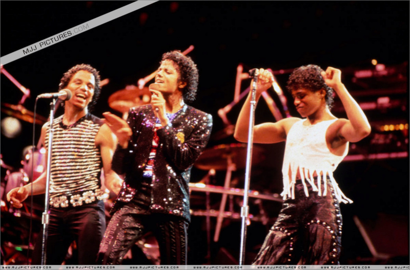 Victory Tour 03219