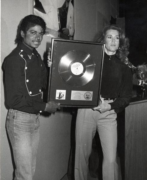 1983- Platinium Certification for Thriller 03313