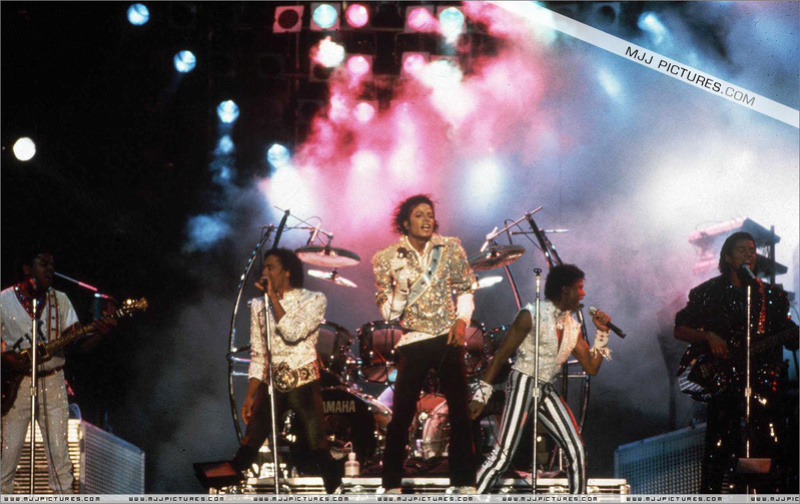 Victory Tour 03321