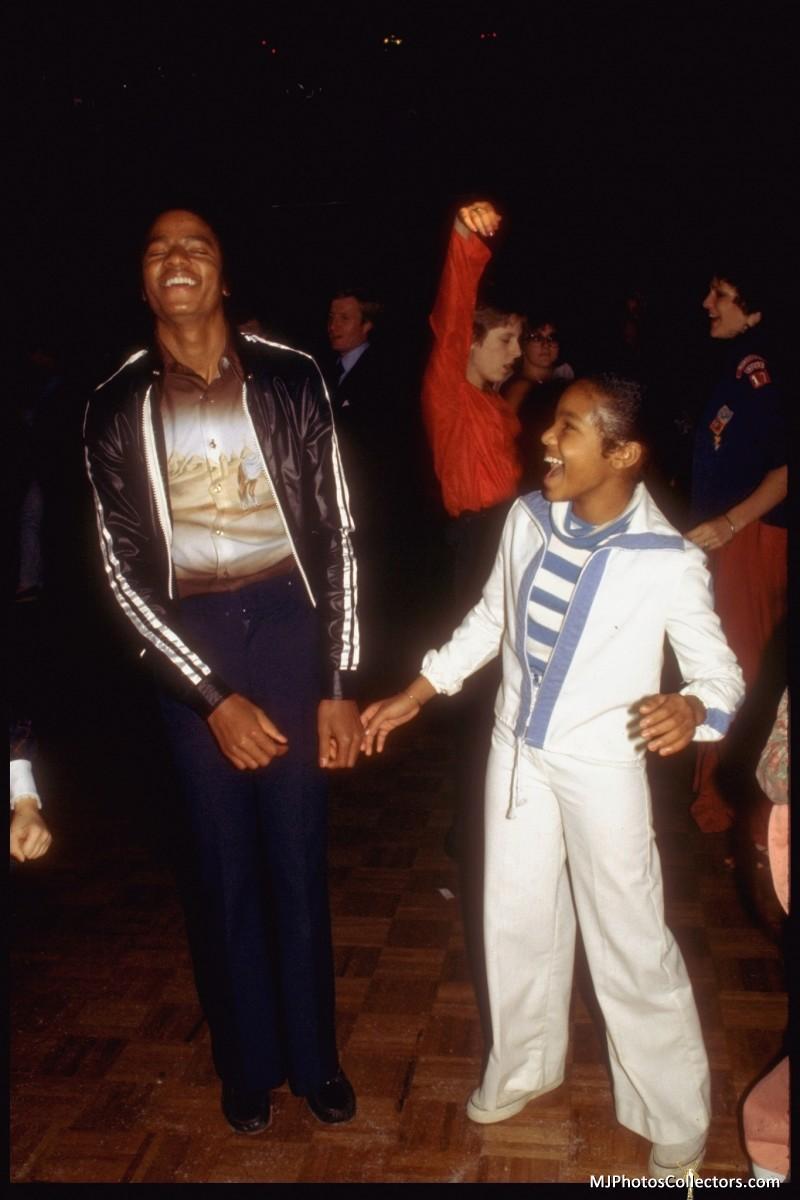 Jacksons- 1977 0353
