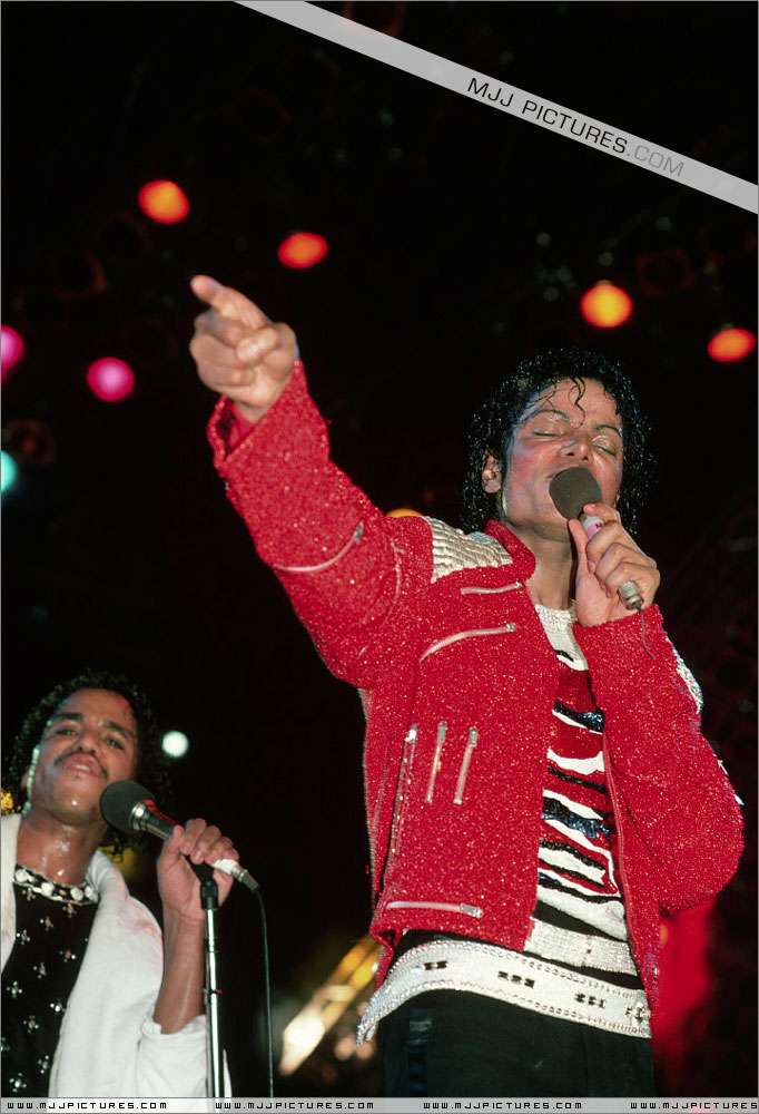 Victory Tour 03618