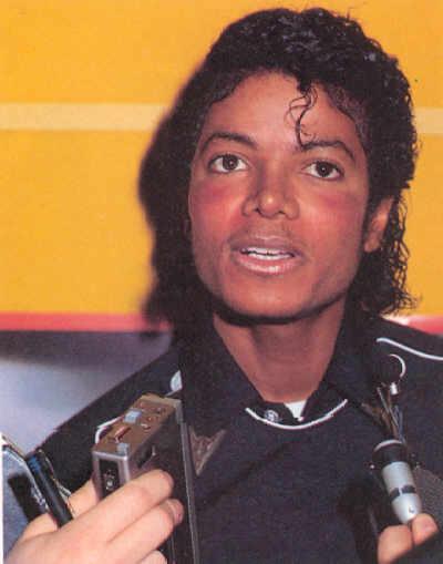 1983- Platinium Certification for Thriller 03713