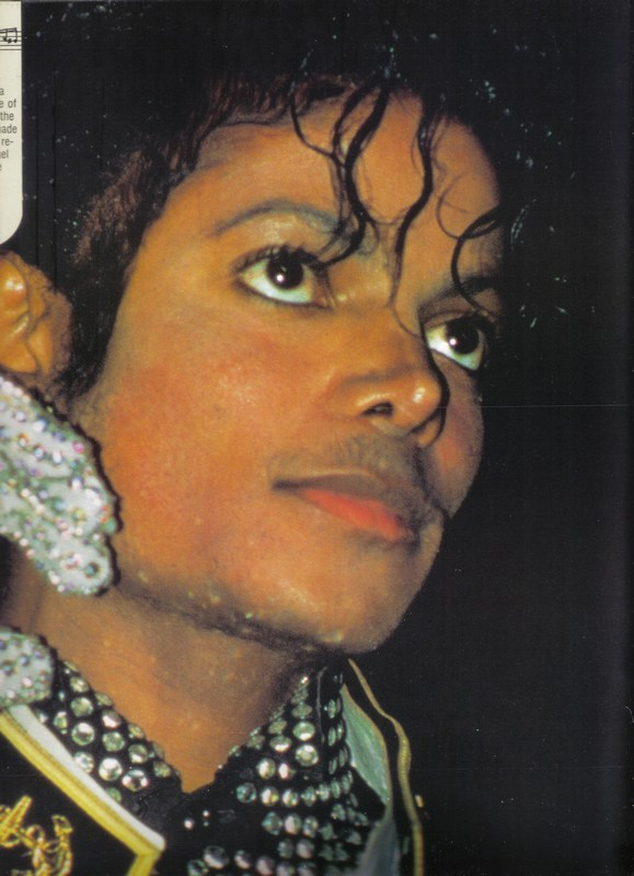 1984- Guinness Book Of World Records 03714