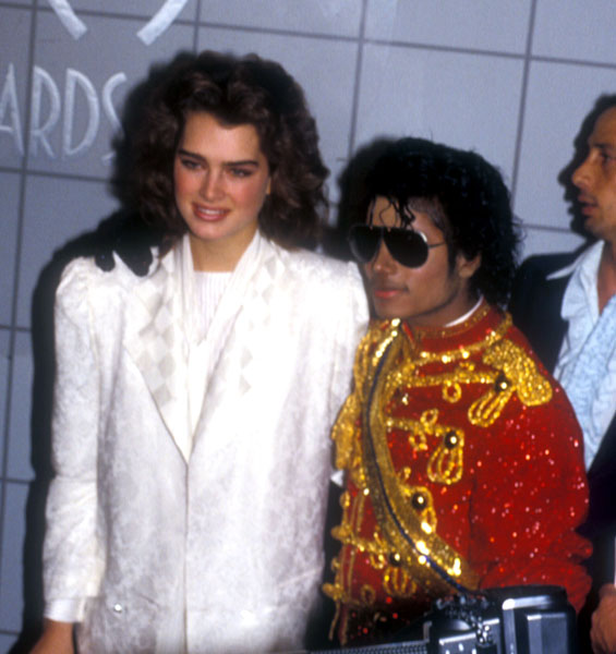 1984- The 11th American Music Awards 03715