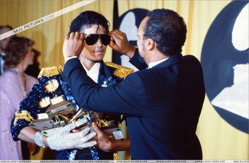 1984- The 26th Grammy Awards 03716