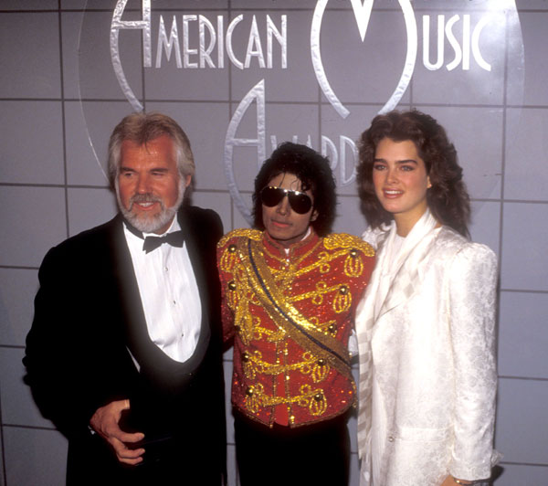 1984- The 11th American Music Awards 03815