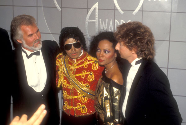 1984- The 11th American Music Awards 04114
