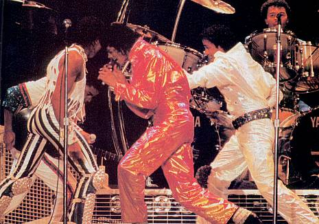 Victory Tour 04319