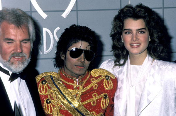 1984- The 11th American Music Awards 04413