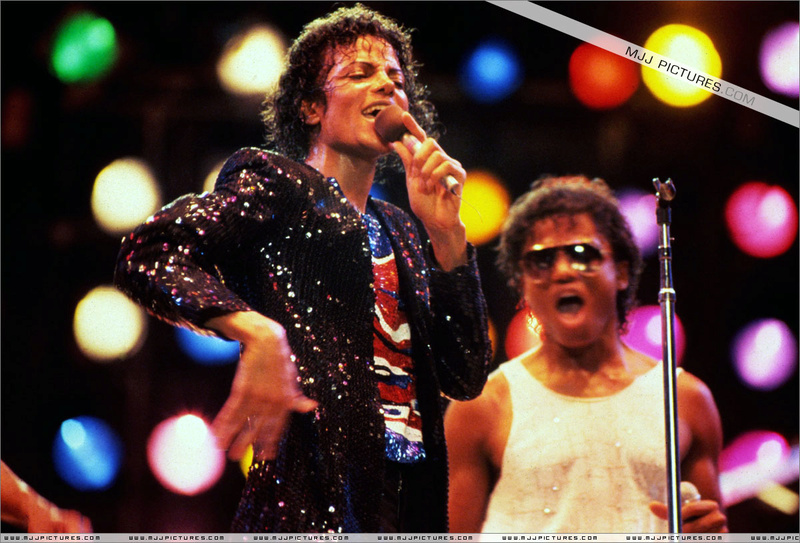 Victory Tour 04518
