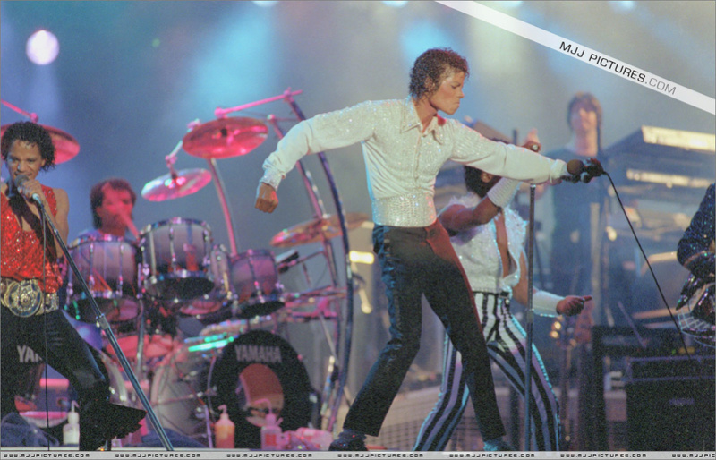 Victory Tour 04620