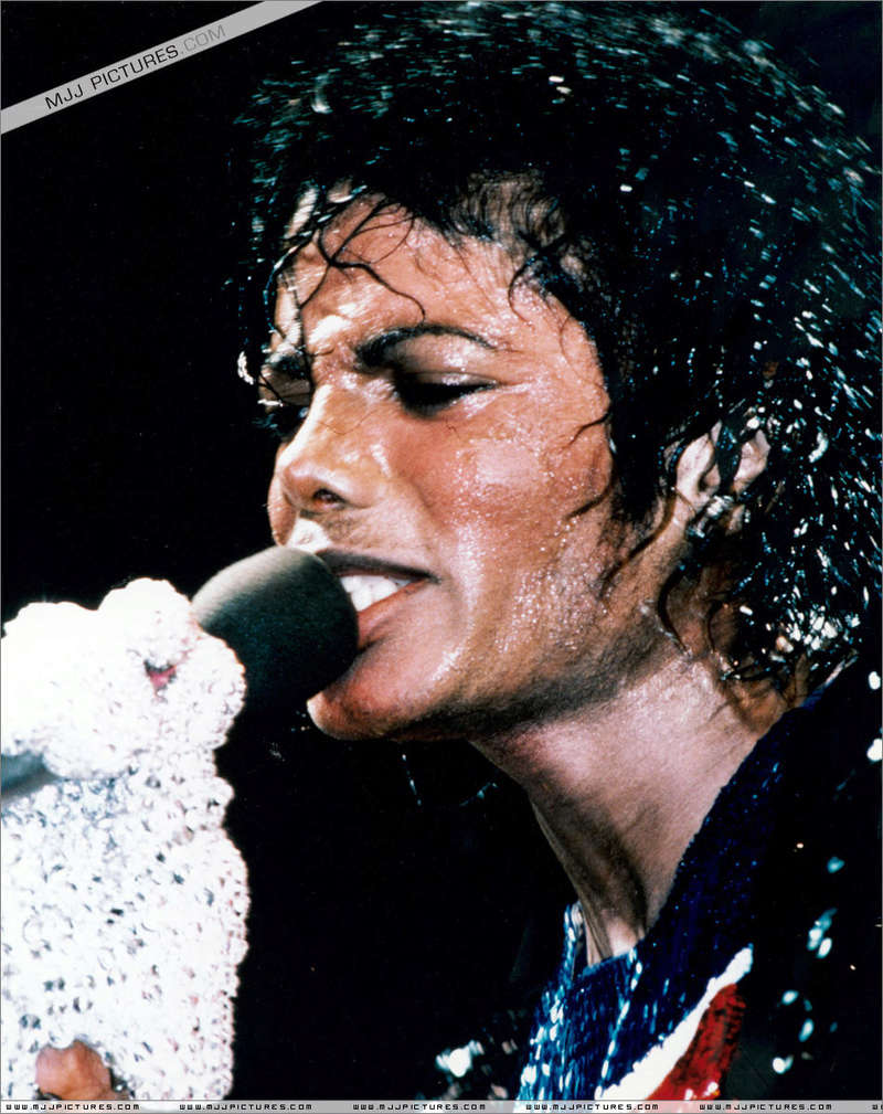 Victory Tour 04918