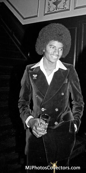 Jacksons- 1977 0525