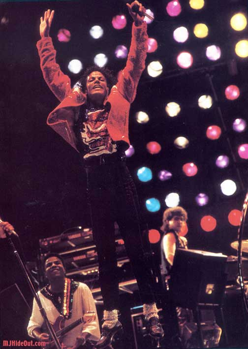 Victory Tour 05315