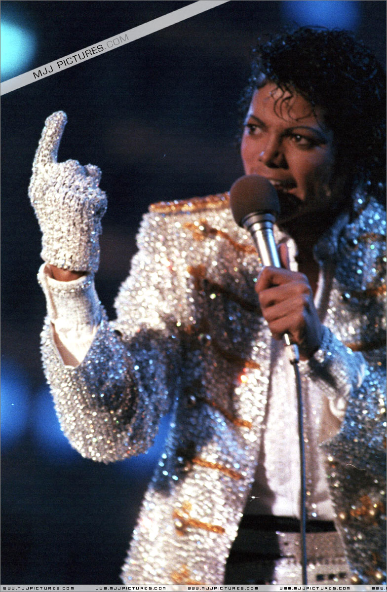 Victory Tour 05617