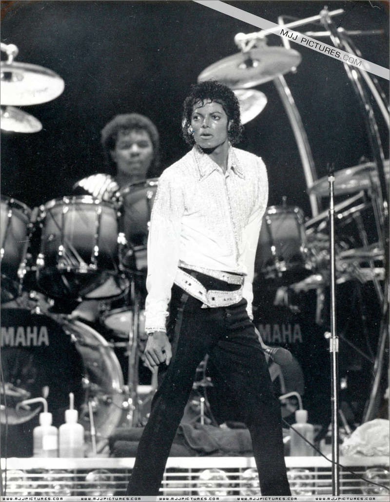 Victory Tour 05817