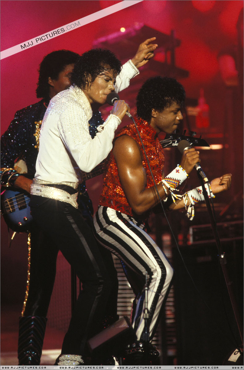 Victory Tour 06214