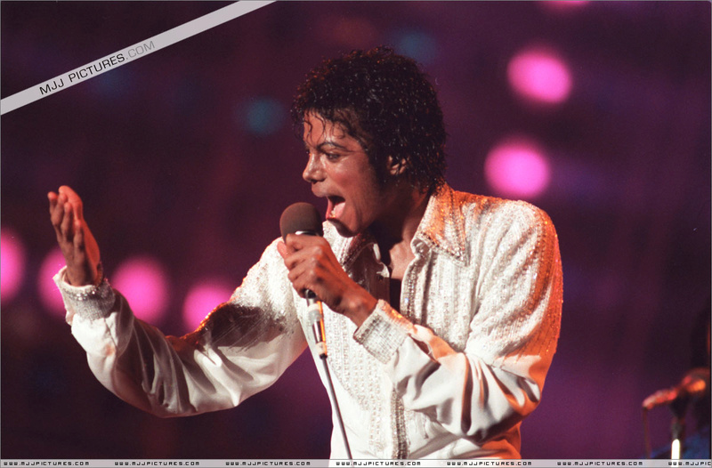 Victory Tour 07013