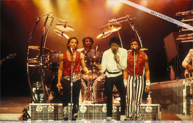 Victory Tour 07913