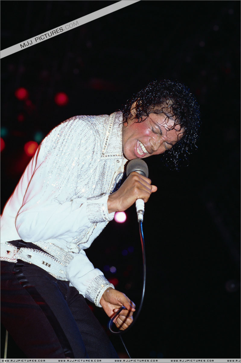 Victory Tour 08910