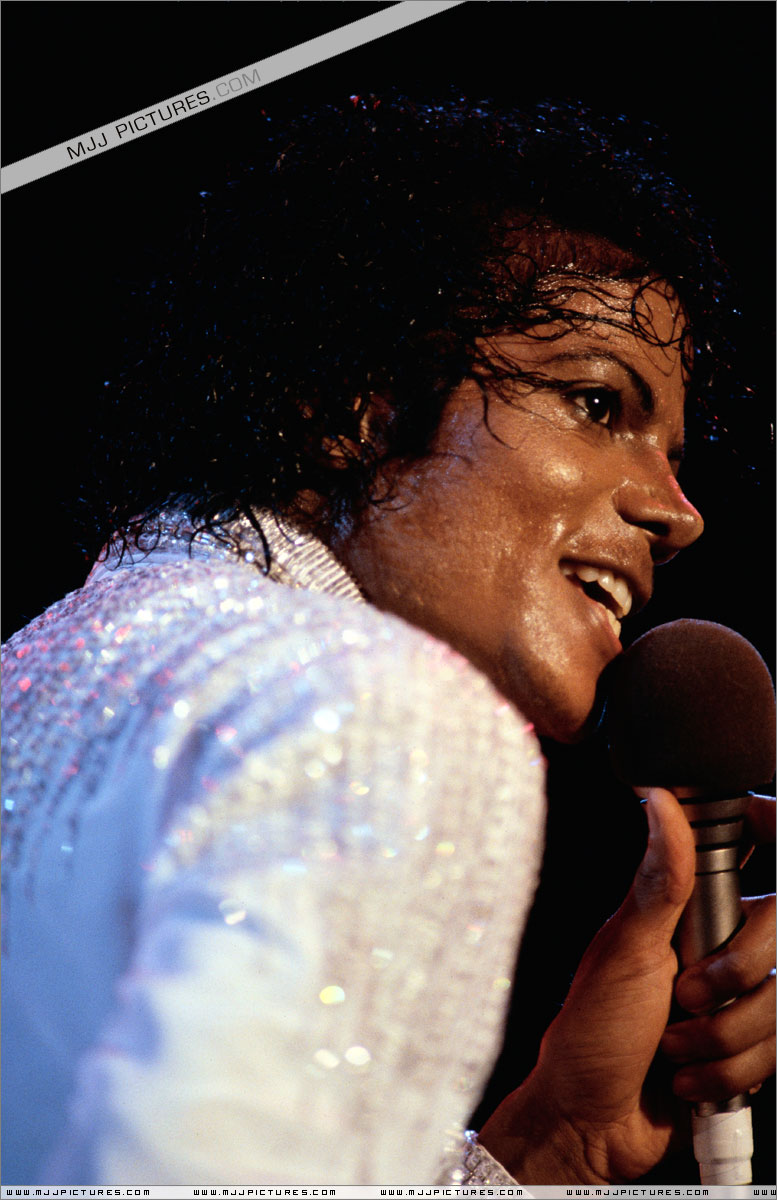 Victory Tour 09310