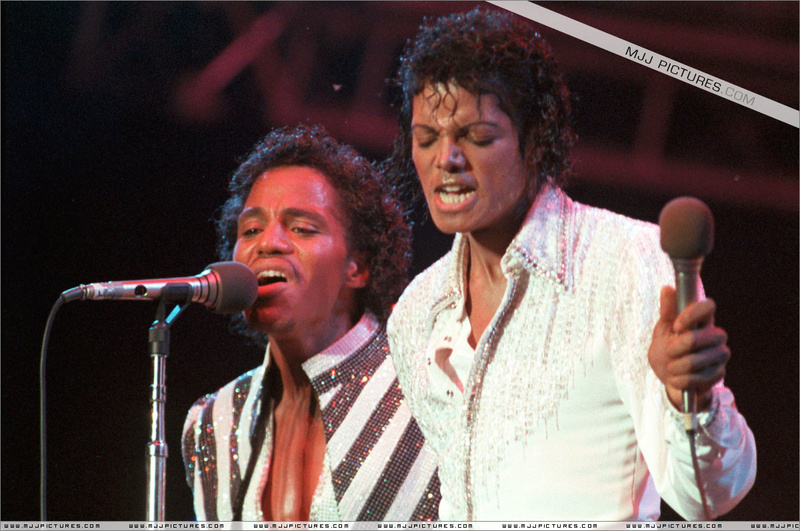 Victory Tour 09710