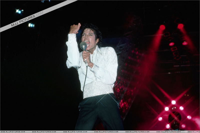Victory Tour 10310