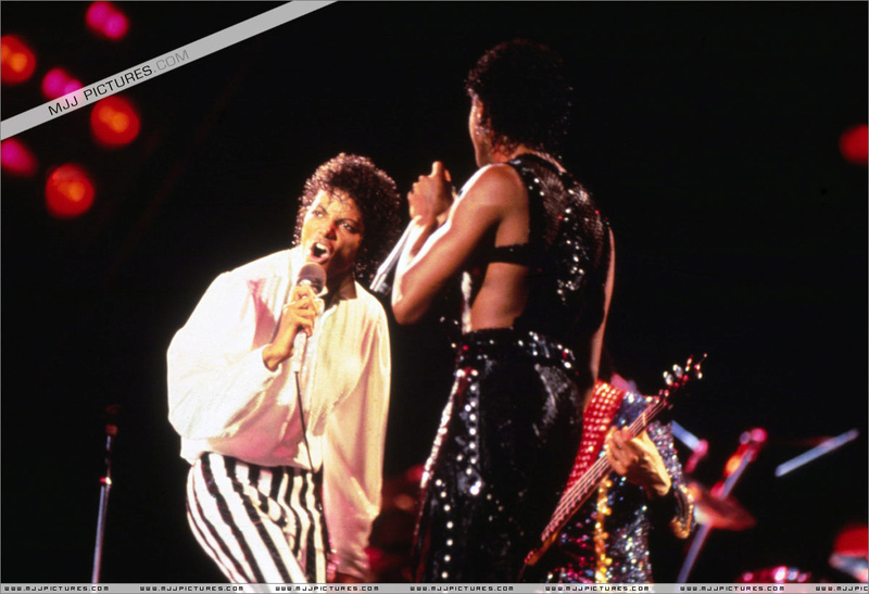 Victory Tour 10510