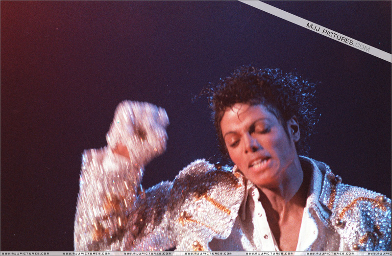 Victory Tour 10710