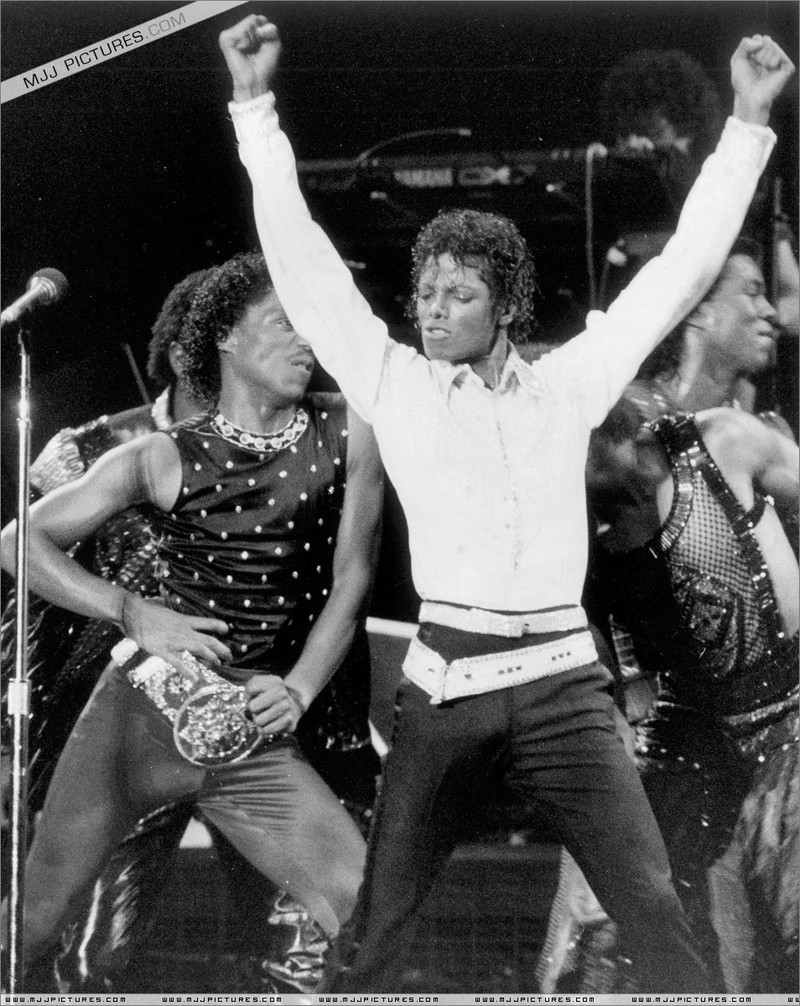 Victory Tour 10910