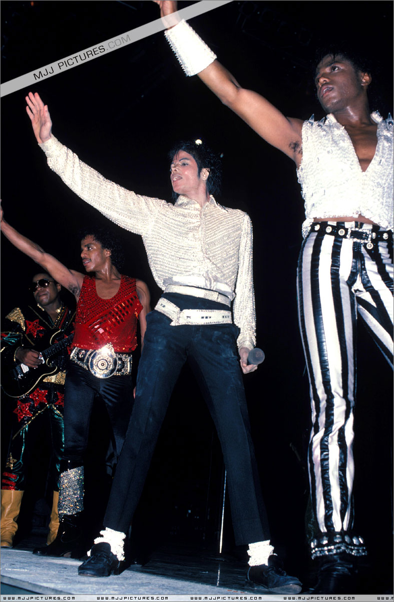 Victory Tour 11310
