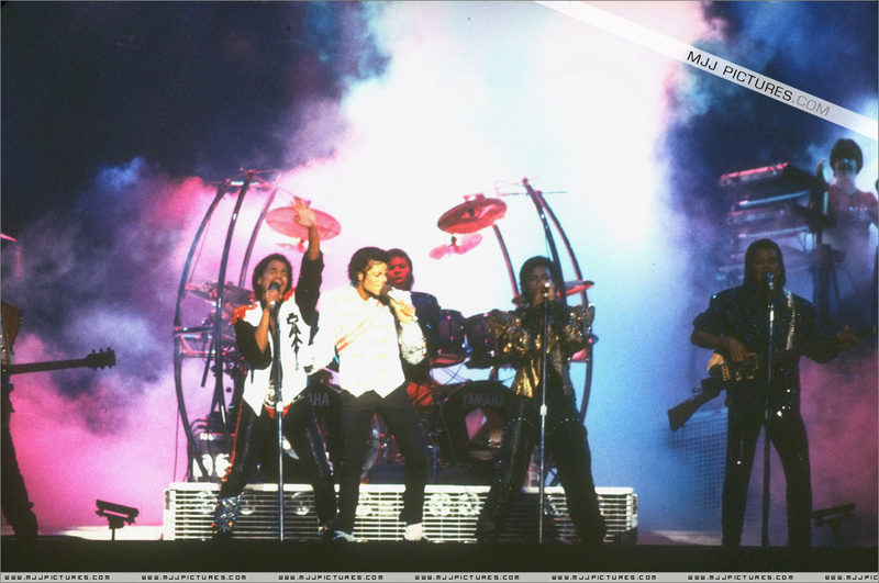 Victory Tour 11610