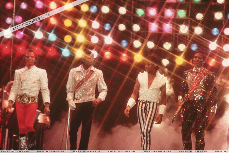 Victory Tour 12811