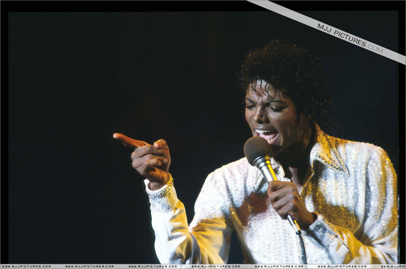 Victory Tour 14610