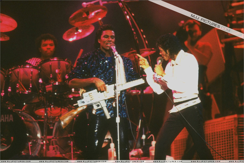 Victory Tour 14710