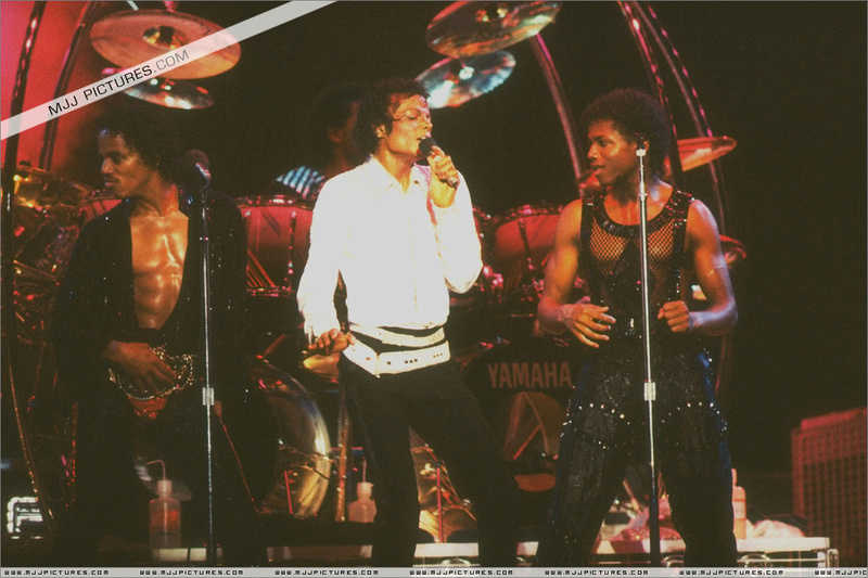 Victory Tour 14810