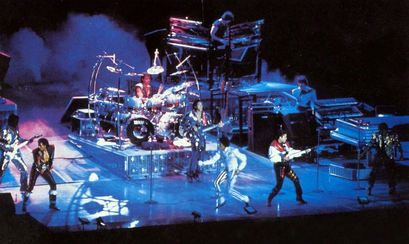 Victory Tour 18310