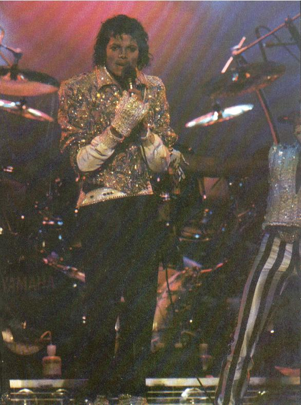 Victory Tour 19410