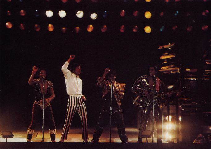 Victory Tour 20910